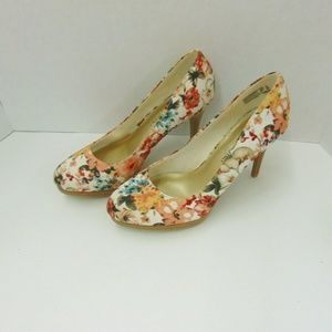Christian Siriano Floral Pumps Heels Shoes Sz 8